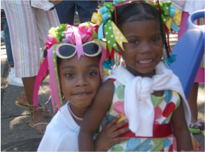 photo of 2 children at CubaNOLA event